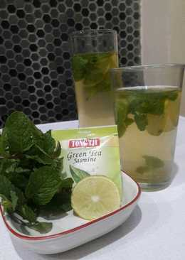 Teh hangat lemon mint