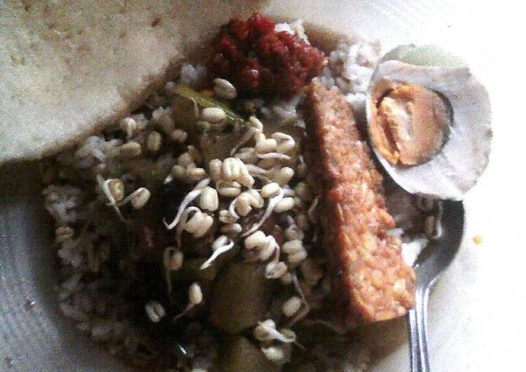Resep Rawon daging+labu siam surabaya Oleh Bunda'na Raffa   Ide Masak dari Myshoptherapy