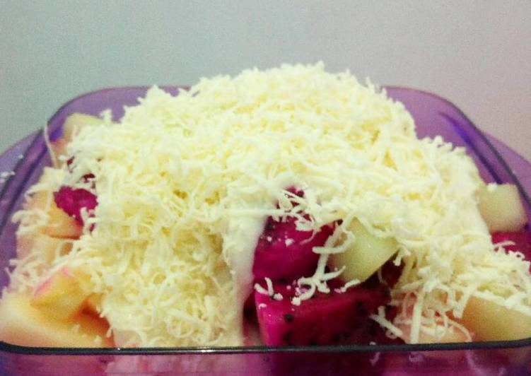 Resep Salad buah Karya Septy Medri