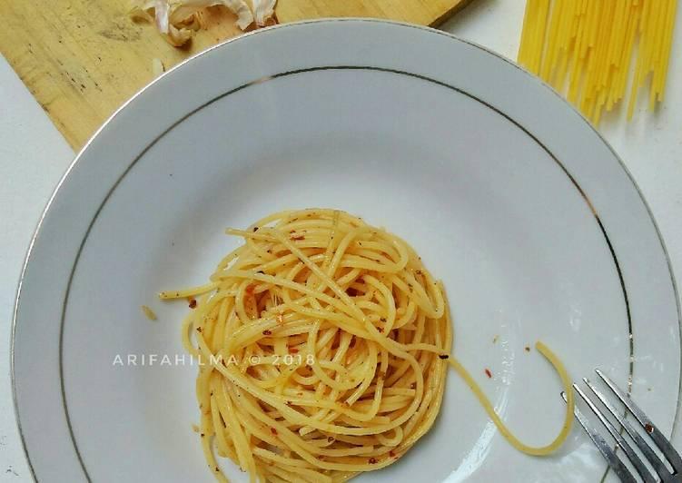 7. Spaghetti Aglio Olio