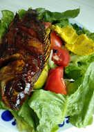 Salad Sayur dan Nila Bakar Madu