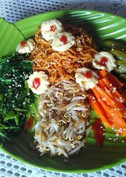 Bibim Myun (Mie Pedas Sayur Korea)