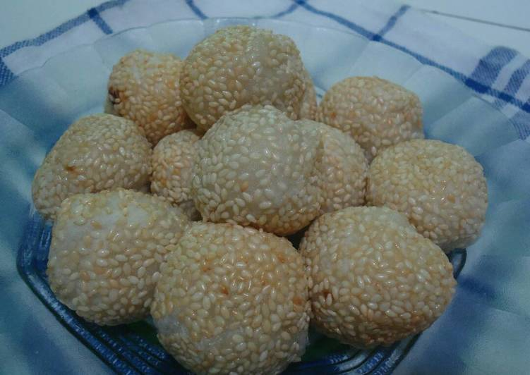 Onde-onde isi kaco (kacang ijo)