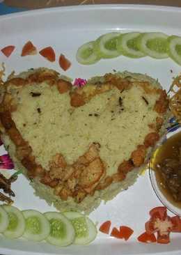 Nasi kuning cinta
