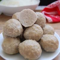 Bakso Kenyal Banget, Pakai Daging Sapi & Ayam