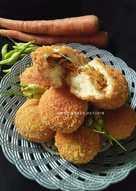 Roti goreng empuk, bisa dijual murah tp rasa tdk murahan 😄