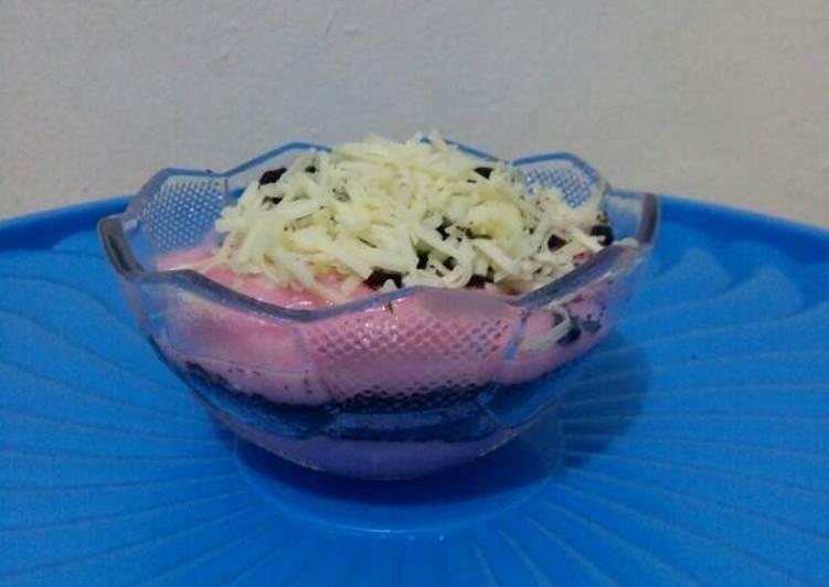 Resep Cheesecake Oreo Strawberry - Bunda Tika