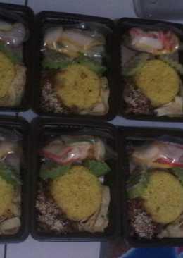 Nasi kuning gurih moy