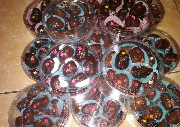 gambar untuk resep Kurma cokelat nekat