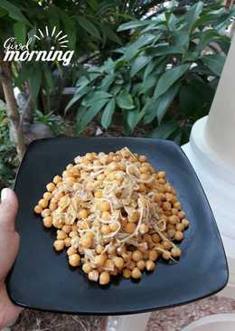 Garbazo chick peas with enoki mushroom (tumisan kacang arab)