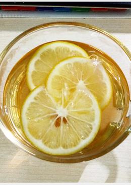 Warm Honey Lemon Tea