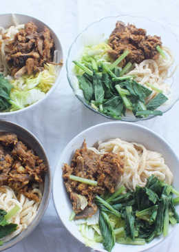 Mie ayam abang abang (Recipe by Xanderskitchen)