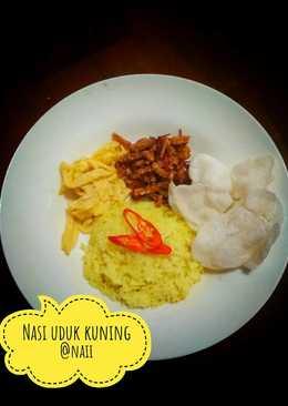 Nasi uduk kuning ricecooker