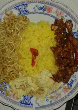 Nasi kuning magic com simple