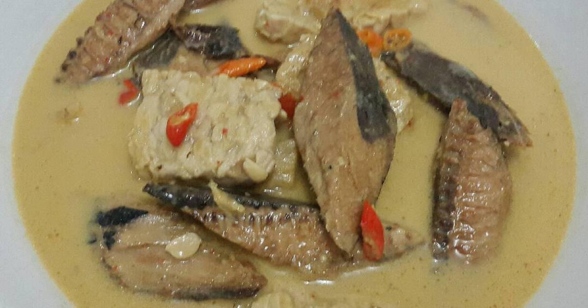 Hasil gambar untuk masakan ikan tongkol santan pedas