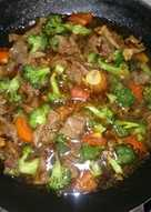 Brokoli sapi saus teriyaki