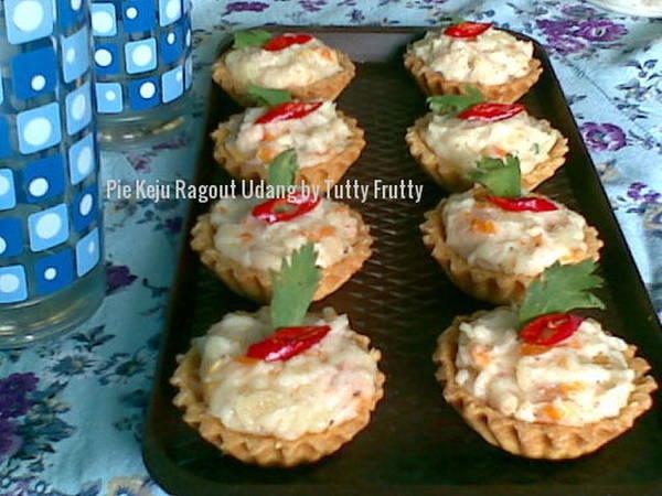 Pie Keju Ragout Udang