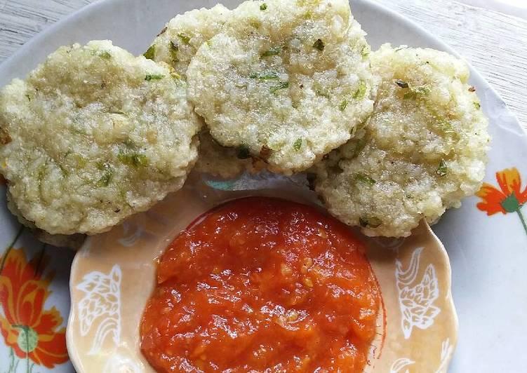 resep lengkap untuk Cireng Nasi Saus Tomat
