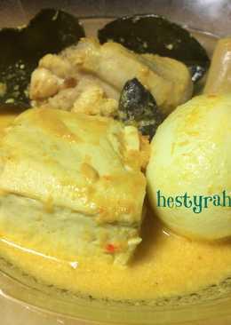 Gulai Ayam Telor Tahu Bumbu Minang