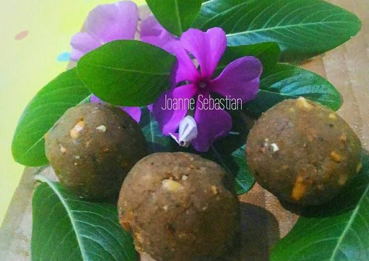 Resep Cashew Nut Ladoo (Manisan India) Kiriman dari Joanne Sebastian