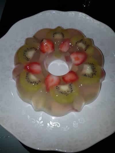 Pudding kaca kiwi strawberry