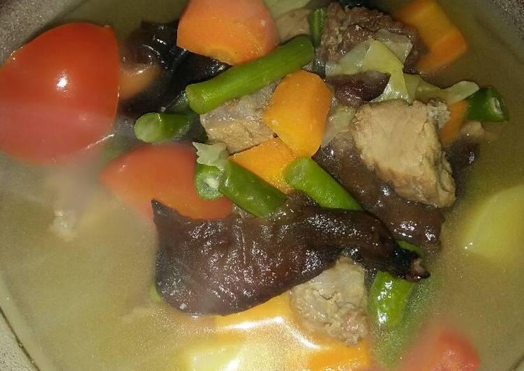 Resep Sayur sop daging sapi jamur lember - Mamih Cikha