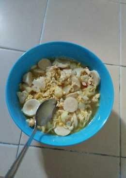 Indomie (maggie) rebus with bakso maknyussss 😁😋🍜