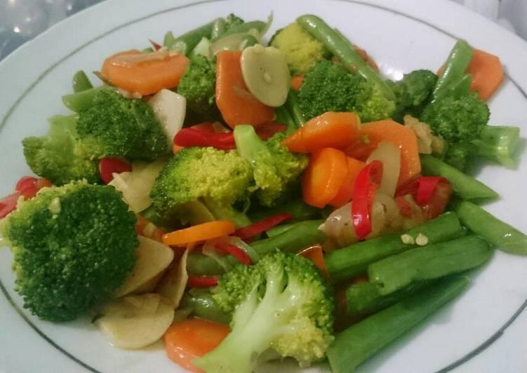 Tumis Brokoli Buncis Wortel