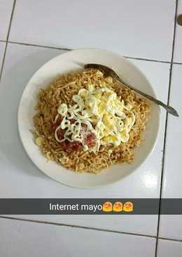 Internet Mayo (Indomie telor kornet mayonnaise) ala anak kos