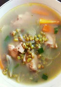 Sup ayam kacang ijo