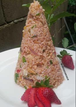 Nasi goreng strawberry tumpeng ala cek Frozen