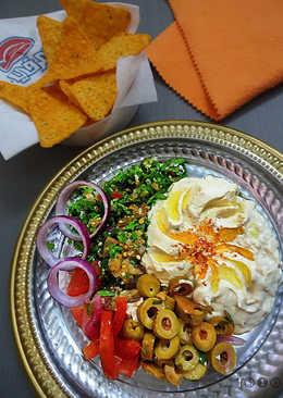 22. Hummus bi Tahina