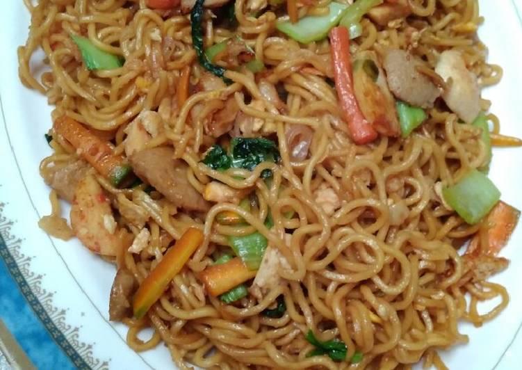 Mie Goreng Spesial Ala Chinese Food Enakanbikinsendiri