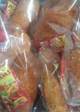 Roti isi daging empyuktoz lezatos nagih nyoz..😆😆