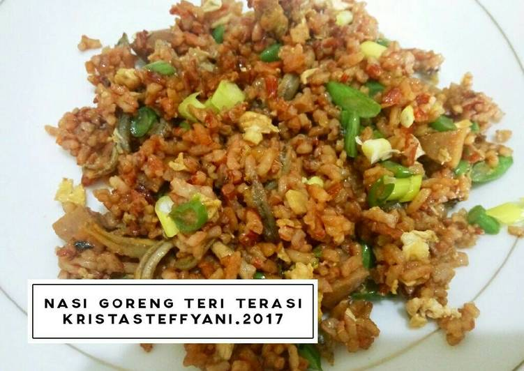 resep lengkap untuk Nasi Goreng Teri Terasi Sehat (Beras Merah)