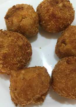 Tuna melt corn cheese ball