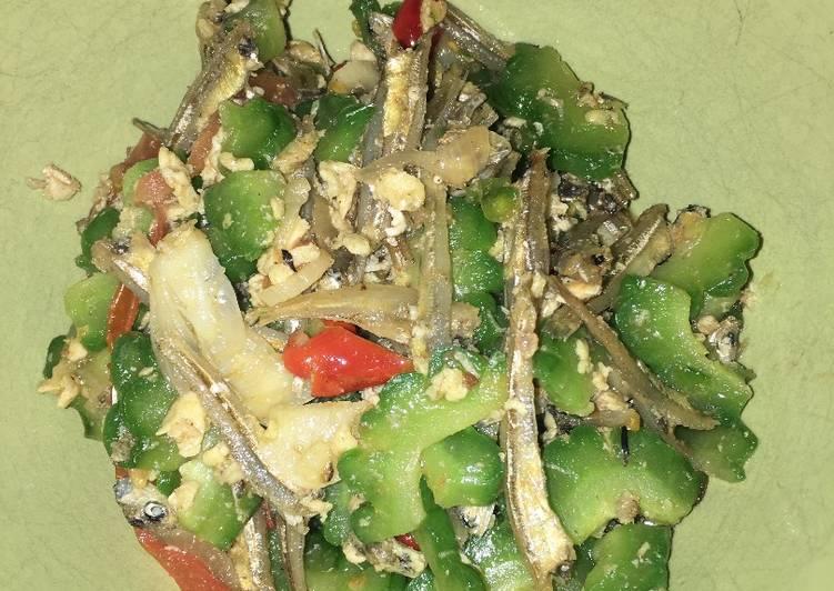 gambar untuk resep makanan Tumis pare telur teri