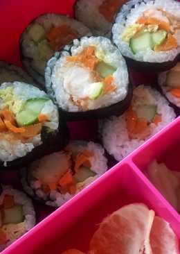 Kimbap (sushi korea) bekal anak bento