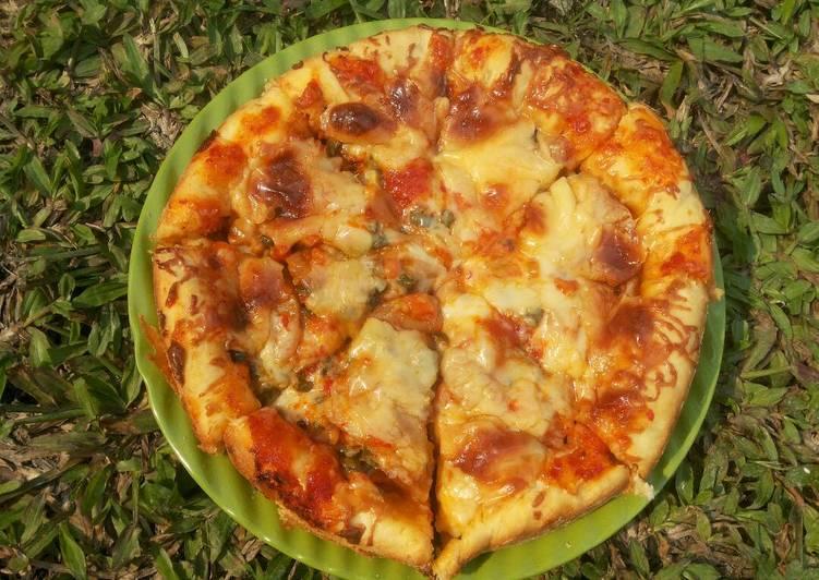Resep Pizza ENAK,EMPUK,GURIH & GAMPANG BUATNYA oleh Yulia Kartika - Cookpad