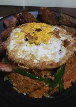 Bokkeumbap (Nasi Goreng Korea) and Friends Incess