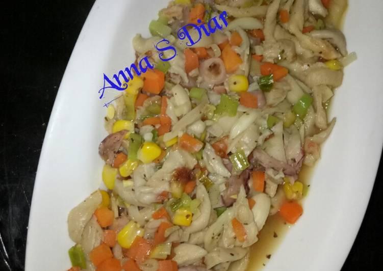 Tumis Jamur Tiram mix Cumi-Cumi & Udang