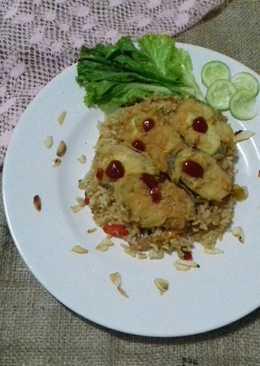 Nasi Goreng Sosis Terong Crispy Tabur Almond
