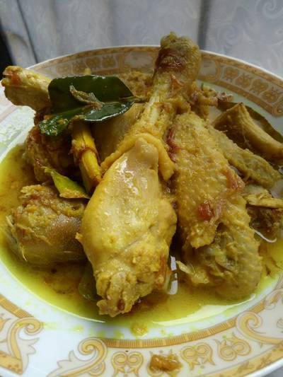 Ayam kampung kuah kuning tanpa santan