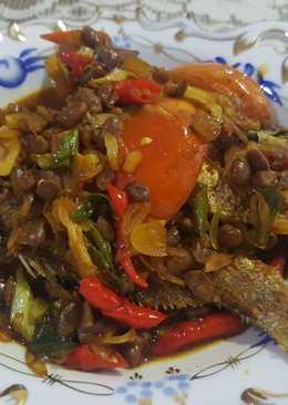 Ikan kerapu goreng bumbu tauco