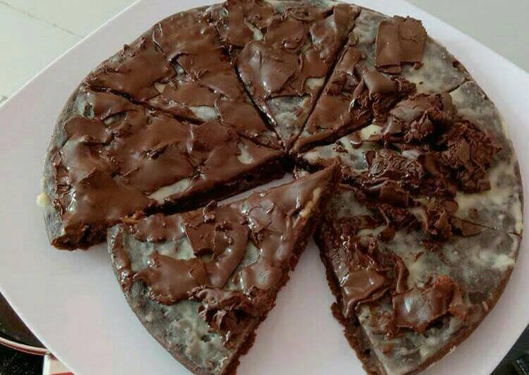 resep makanan Pizza Brownies