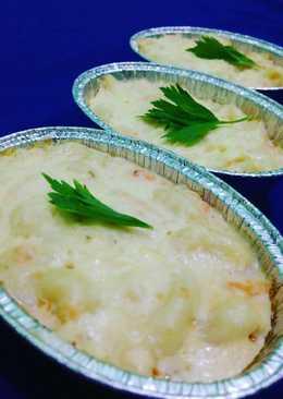 Steamed Salmon Macaroni Schotel