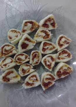Roti gulung abon (MPASI 1y+)