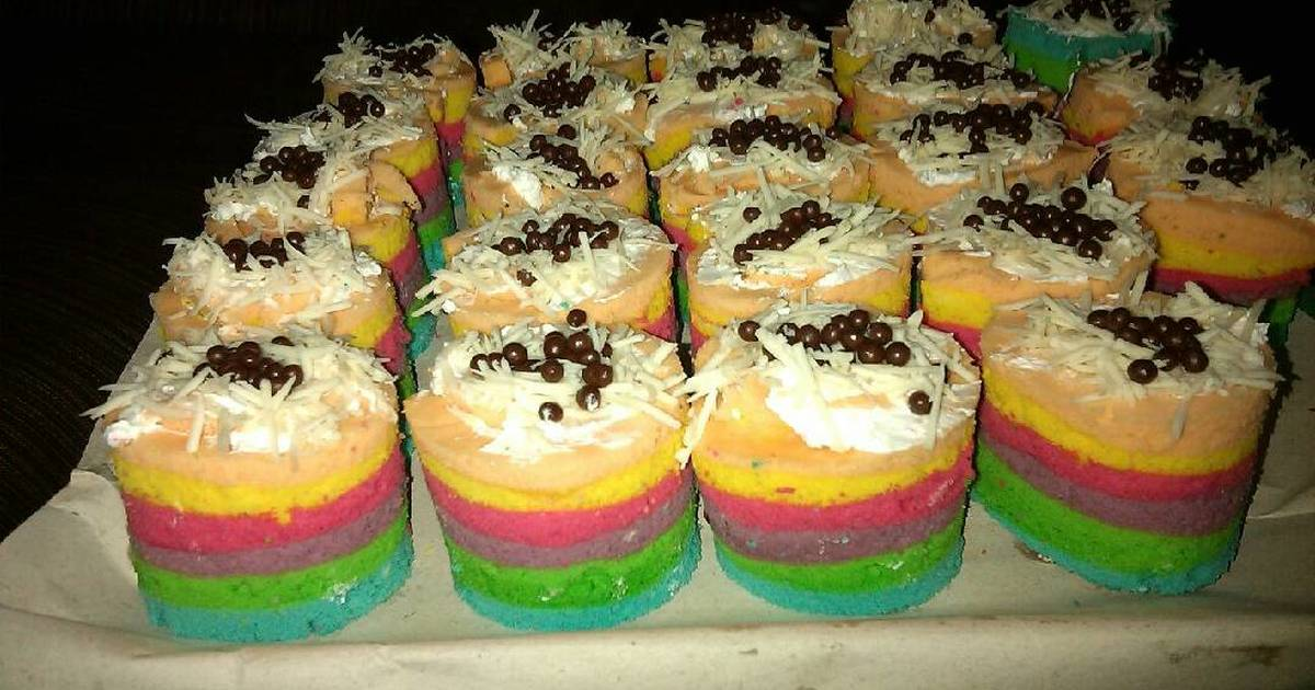 Resep Rainbow roll cake dikukus