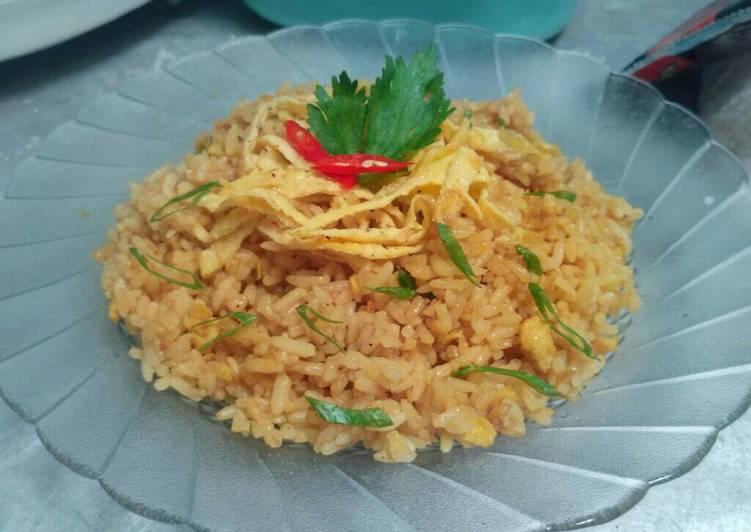 cara membuat Nasi Goreng Kari Rasa Spesial