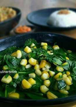 Moringa Leaves Clear Soup / Sayur Bening Daun kelor